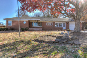216%20e%2012th%20st,%20edmond,%20ok%2073034 1