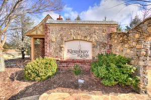 Kingsbury%20ridge%20neighborhood 13