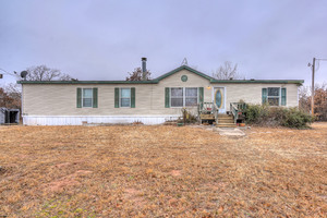 9501%20north%20luther%20road,%20jones,%20oklahoma%2073049 1