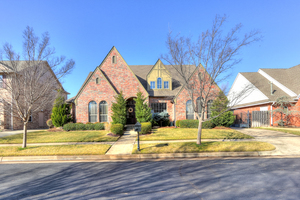 18109%20barrington%20drive,%20edmond,%20oklahoma%2073012 1