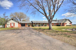 1200%20east%2039th%20street,%20shawnee,%20oklahoma%2074804 14