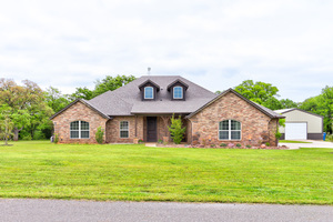 15367%20whispering%20hills,%20luther,%20oklahoma%2073054 1