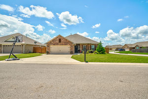2228%20crooked%20oak%20court,%20shawnee,%20oklahoma%2074804, 45