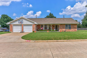 4000%20north%20shannon%20avenue,%20bethany,%20oklahoma%2073008,%20usa 1