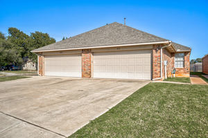 432%20sterling%20pointe%20way,%20edmond,%20oklahoma%2073003 1