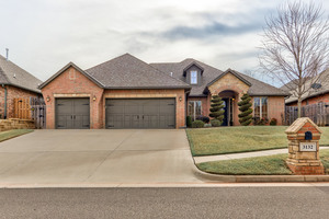 3132%20spyglass%20hill%20road%20edmond%20oklahoma%2073034 2