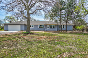 1028%20etowah%20road,%20noble,%20oklahoma%2073068 9