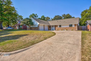 7705%20northwest%2026th%20street,%20bethany,%20oklahoma%2073008 1